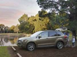2018 Subaru Forester 2.5i Premium w/Black Edition + EyeSight (CVT)