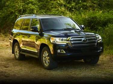 Research the 2018 Toyota Land Cruiser