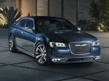Research the 2019 Chrysler 300