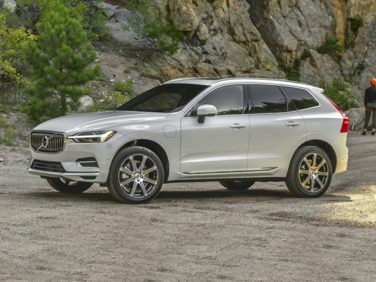 Research the 2019 Volvo XC60 Hybrid