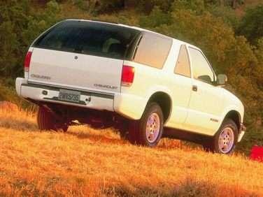 1999 Chevrolet Blazer Gas Mileage Mpg And Fuel Economy