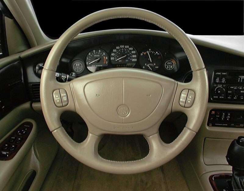 https://img.autobytel.com/2000/buick/regal/2-800-steeringwheel-55198.jpg
