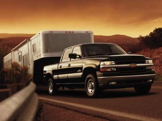 2002 Chevrolet Silverado 2500HD Base 4x2 Crew Cab 8' Box