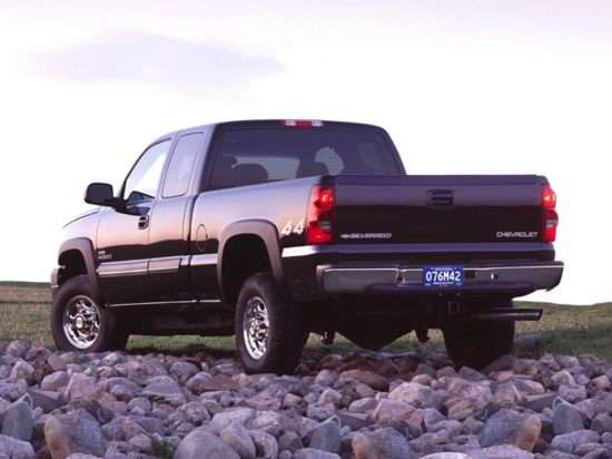 2002 Chevrolet Silverado 2500HD Base 4x4 Extended Cab 6.5' Box
