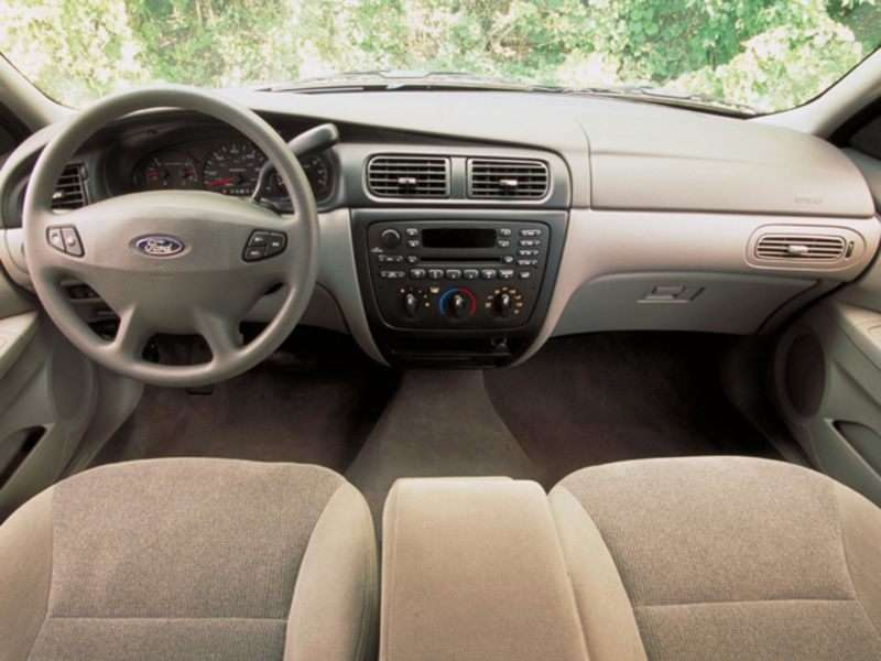Ford Taurus Pictures Including Interior And Exterior Images Autobytel Com