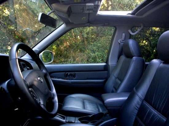 2002 nissan pathfinder pictures including interior and exterior images autobytel com 2002 nissan pathfinder pictures
