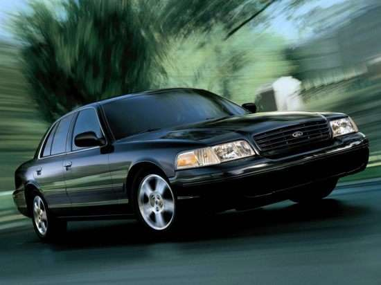 2004 Ford Crown Victoria Standard (100A)
