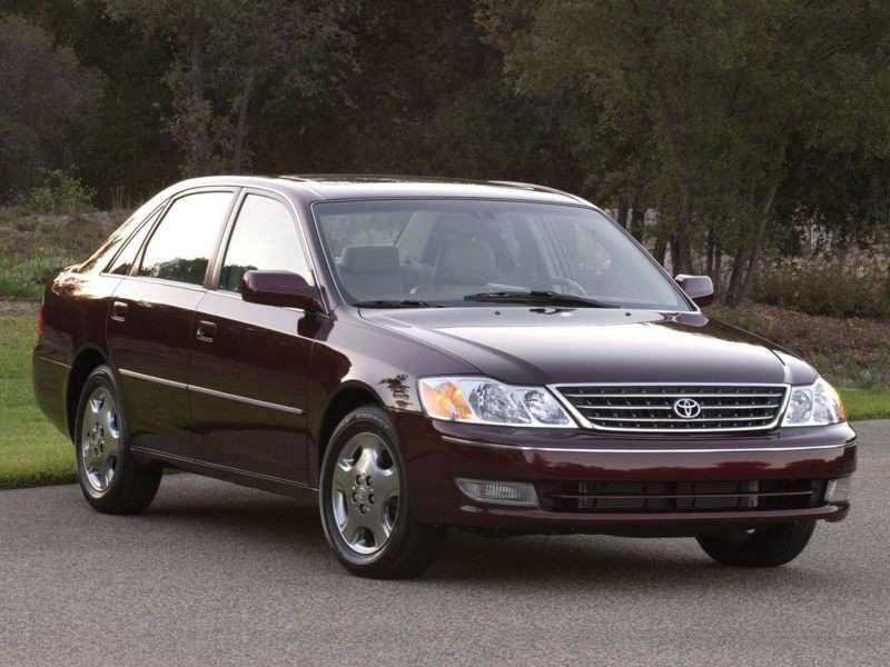 Toyota Avalon Pictures Including Interior And Exterior Images - 2004 avalon