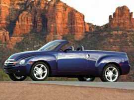 2005 Chevrolet SSR Base 2dr 4x2