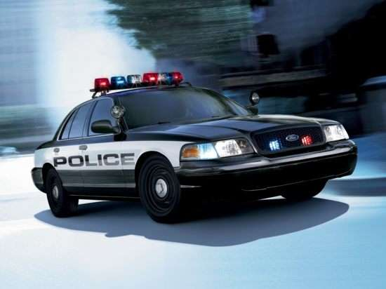 2008 Ford Crown Victoria Street Appearance w/3.27 (750A) Police Interceptor