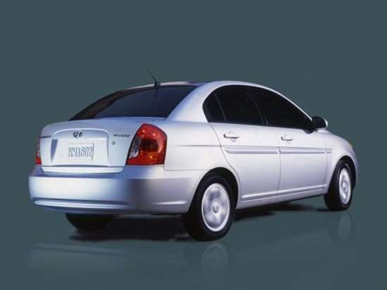 2008 Hyundai Accent w/XM (M5) Sedan