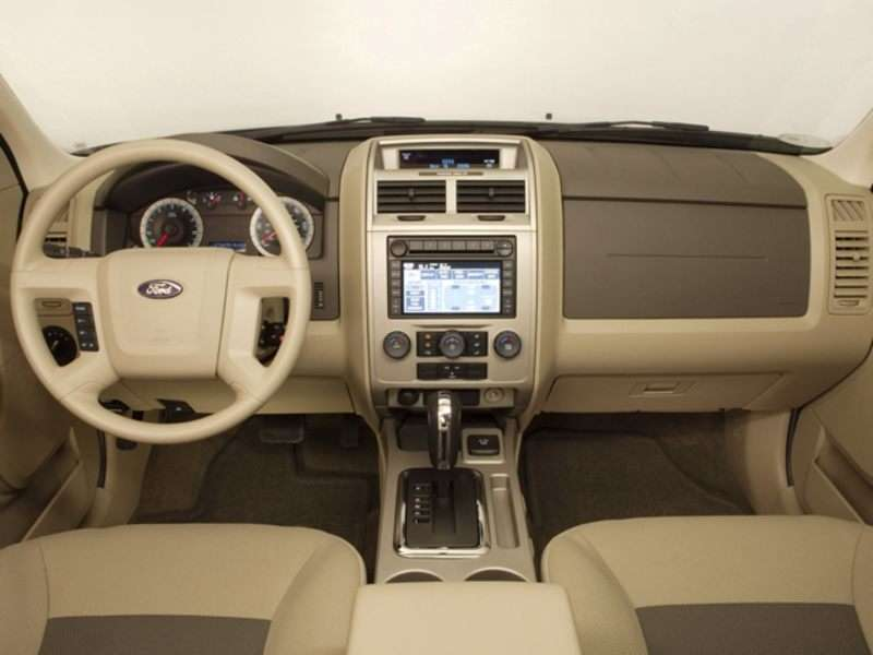 2009 Ford Escape Pictures Including Interior And Exterior Images Autobytel