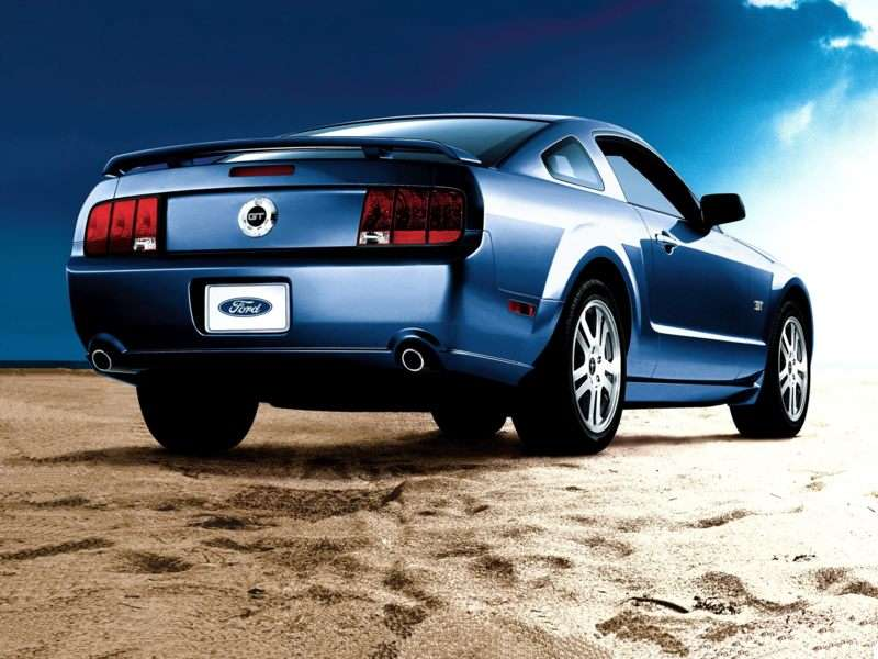 Amazing 3) Used Ford Mustang GT