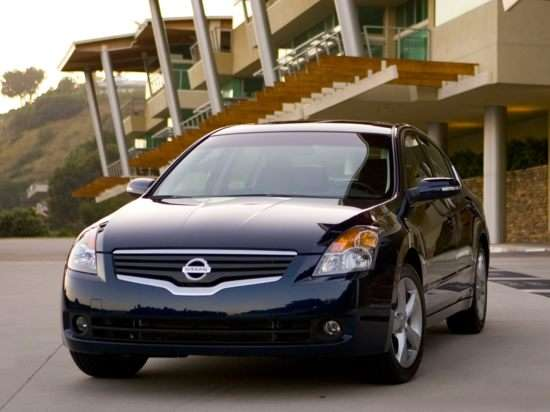 2009 Nissan Altima Models, Trims, Information, and Details ...