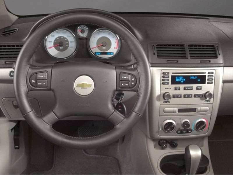 Chevrolet Cobalt Pictures Chevrolet Cobalt Pics Autobytel Com