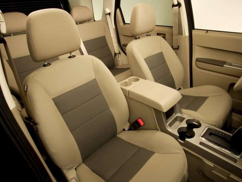 2010 Ford Escape Pictures Including Interior And Exterior Images Autobytel