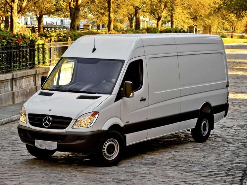 b959e4cc08002e 2010 Mercedes-Benz Sprinter Van Pictures including Interior and Exterior  Images