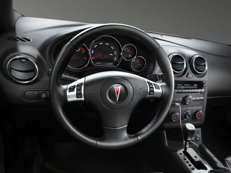2010 Pontiac G6 Pictures Including Interior And Exterior Images Autobytel