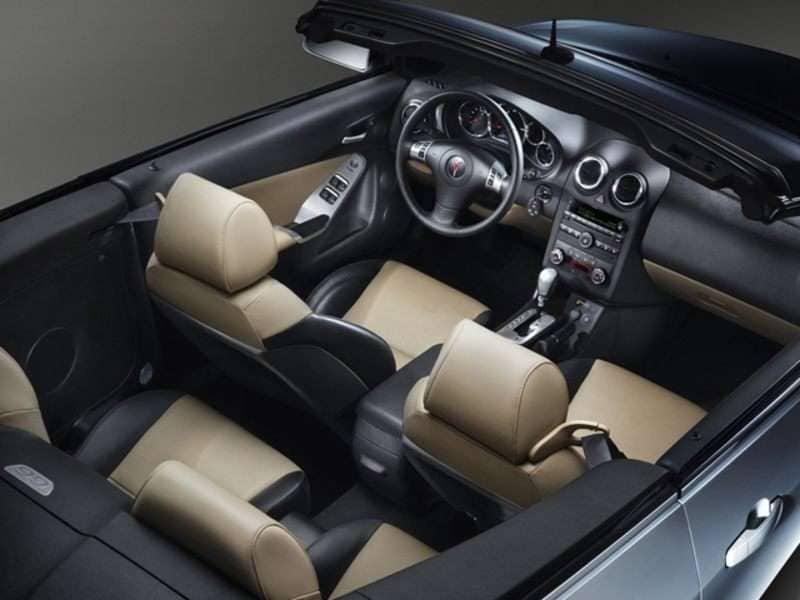 2010 Pontiac G6 Pictures Including Interior And Exterior Images |  Autobytel.com