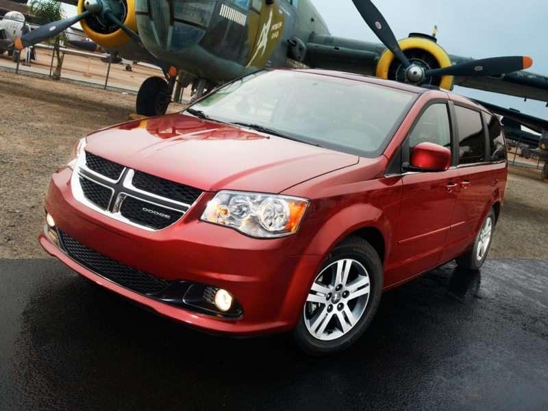 c2282144287 Maximum Capacity: Ten 7+ Seat Vans and Minivans | Autobytel.com