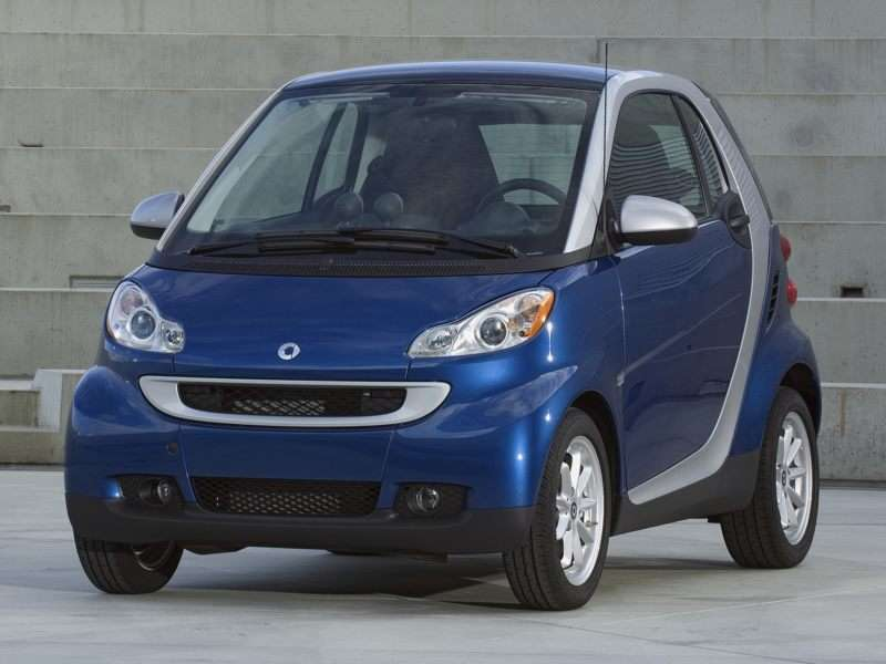 10 Things You Should Know About the 2011 smart fortwo