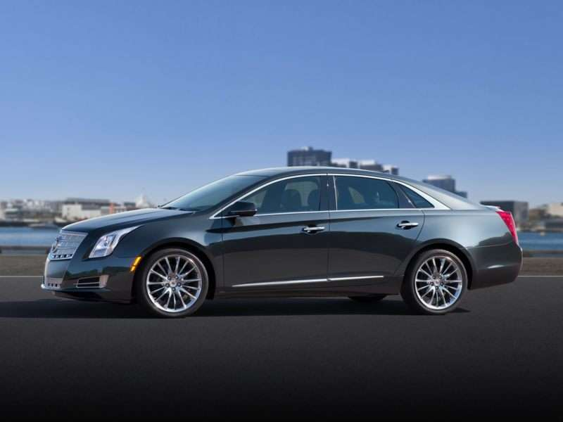 2013 Cadillac Xts Pictures Including Interior And Exterior Images