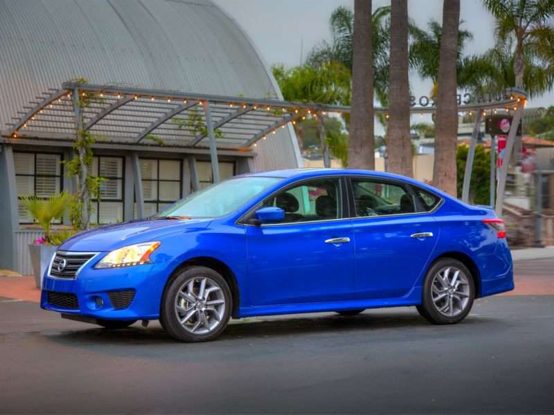 2013 Nissan Sentra Pictures Including Interior And Exterior Images