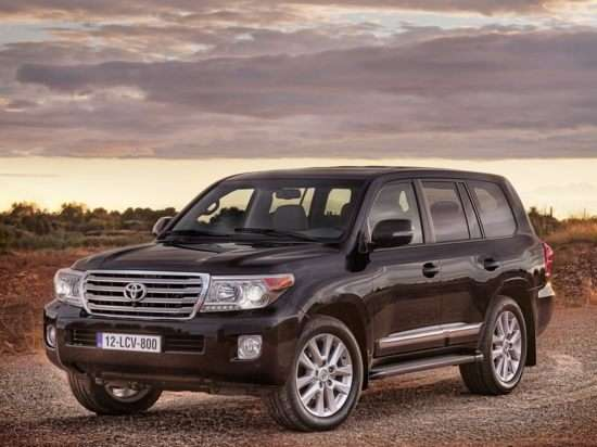 2013 Toyota Land Cruiser SUV Video Review
