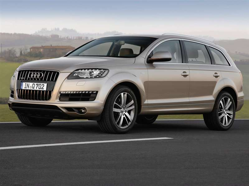 What Is The Audi Q7 Premium?