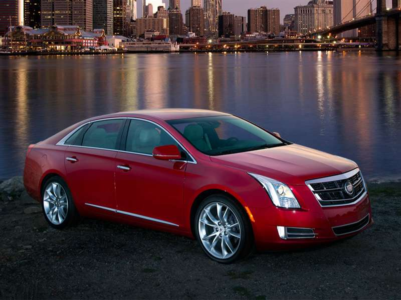 2014 Cadillac Xts Pictures Including Interior And Exterior Images