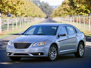 Chrysler 200 Mpg >> 2014 Chrysler 200 Gas Mileage Mpg And Fuel Economy Ratings