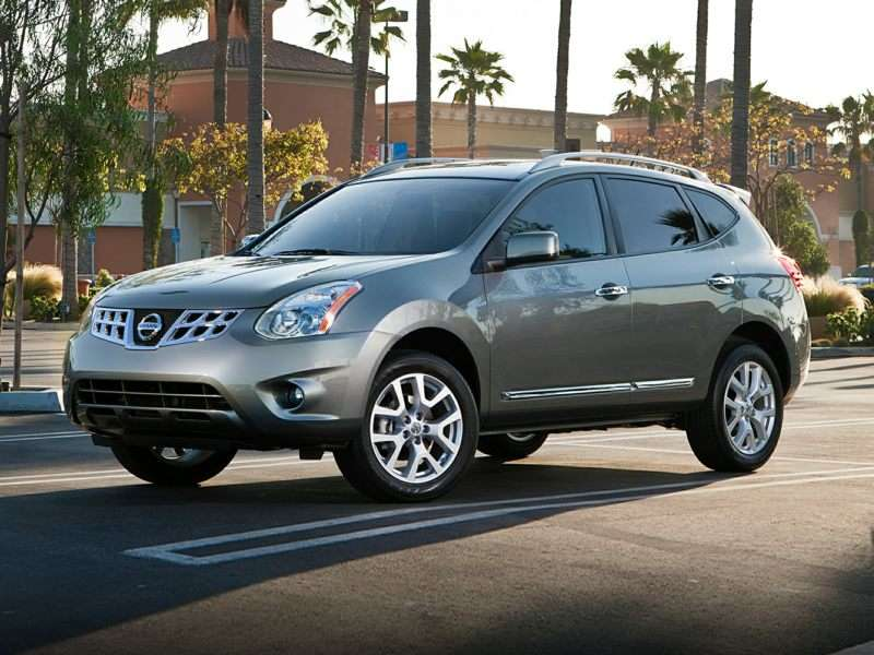 2014 Nissan Rogue Select Pictures Including Interior And Exterior