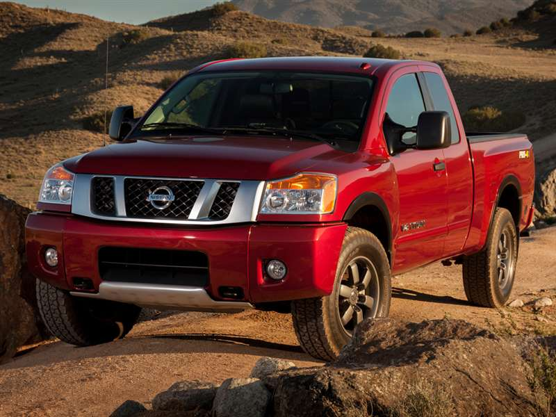 motor trend says 2016 nissan titan xd gets 17 7 mpg. Black Bedroom Furniture Sets. Home Design Ideas