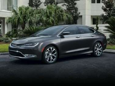 Chrysler 200 Mpg >> 2015 Chrysler 200 Gas Mileage Mpg And Fuel Economy Ratings