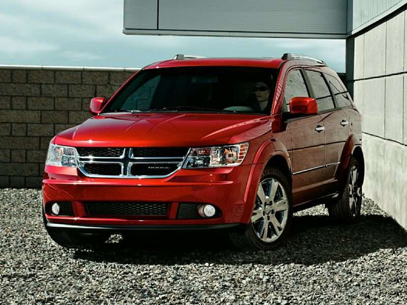 2 2017 Dodge Journey The Gets Full Marks For Being A Mid Size Suv With Third Row Seating