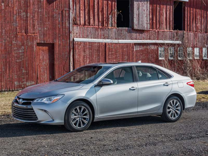 The Best Mid-Size 4-Cylinder Sedans