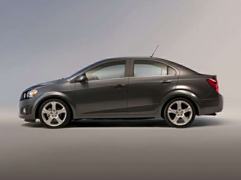 Models Pricing The Five Penger Subcompact 2016 Chevrolet Sonic