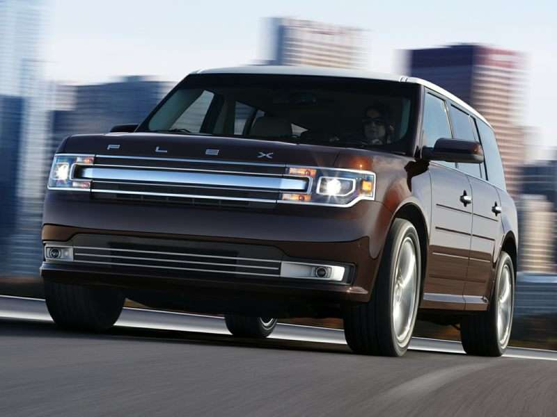 Ford Flex: SUV, Wagon, or Minivan?