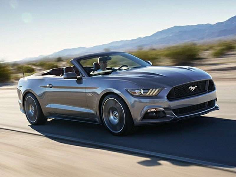 3 2016 Ford Mustang