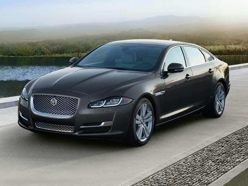 10 Most Spacious Luxury Cars Autobytel Com