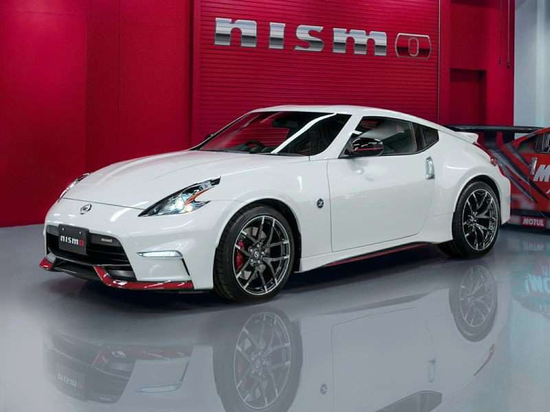 Captivating 4) 2016 Nissan 370Z NISMO