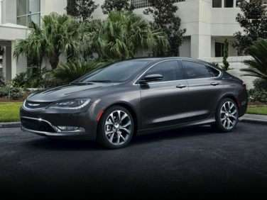 Chrysler 200 Mpg >> 2017 Chrysler 200 Gas Mileage Mpg And Fuel Economy Ratings