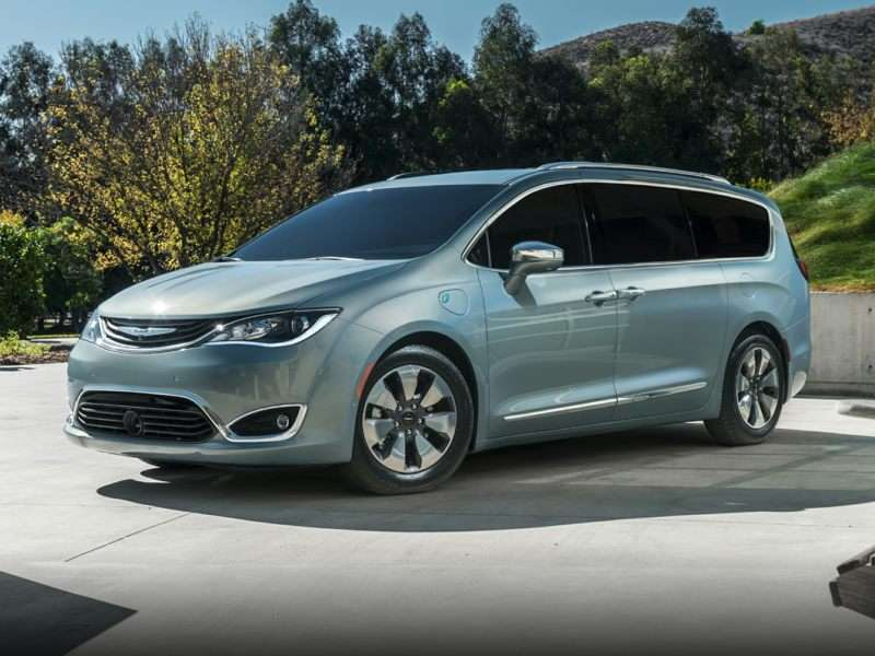 Research the 2017 Chrysler Pacifica Hybrid