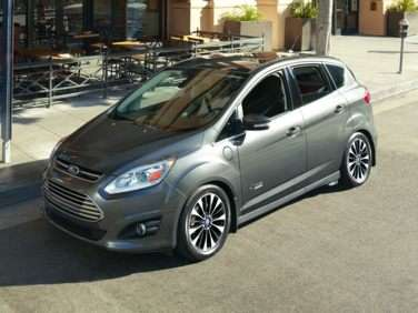 Research the 2017 Ford C-Max Energi