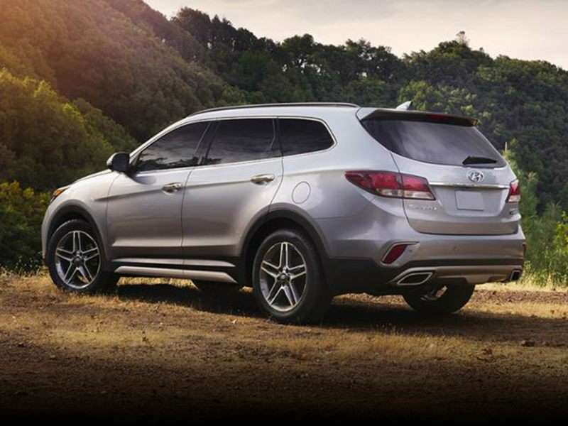 6 Passenger Suv >> Six Of The Best 6 Passenger Suvs Autobytel Com