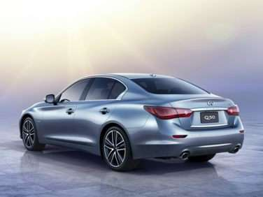 Research the 2017 Infiniti Q50 Hybrid