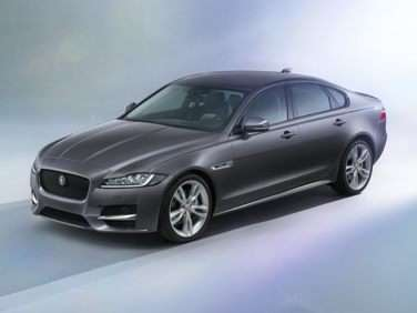 Research the 2017 Jaguar XF