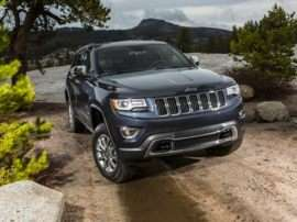 2017 Jeep Grand Cherokee Laredo 4dr 4x2