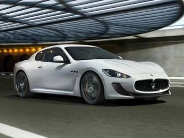 Research the 2017 Maserati GranTurismo