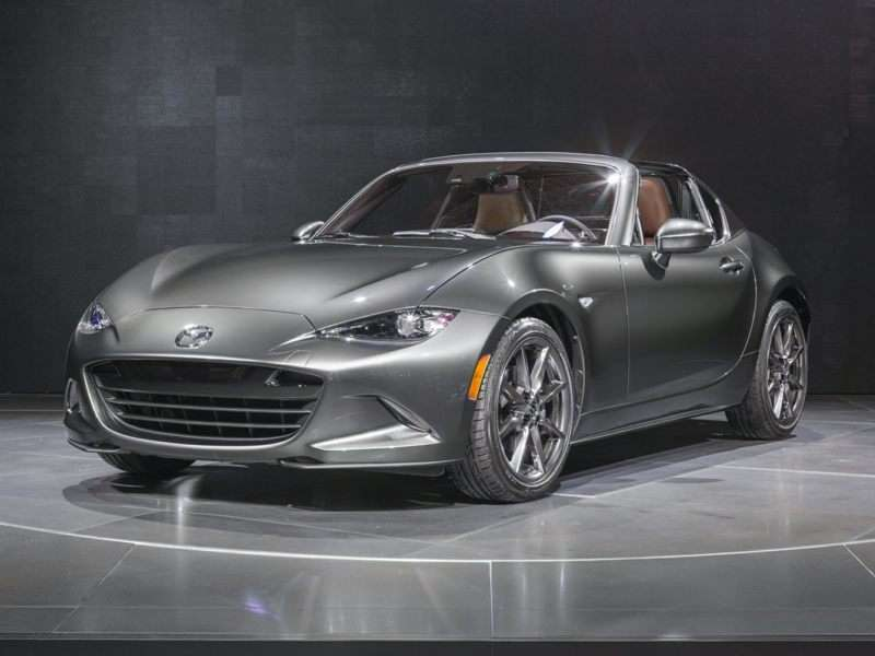2017 Mazda MX-5 Miata RF Launch Edition (M6)